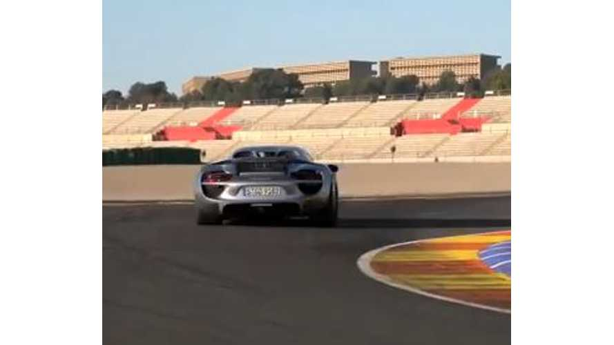Video: Chris Harris DRIVEs the Porsche 918 Spyder on the Track