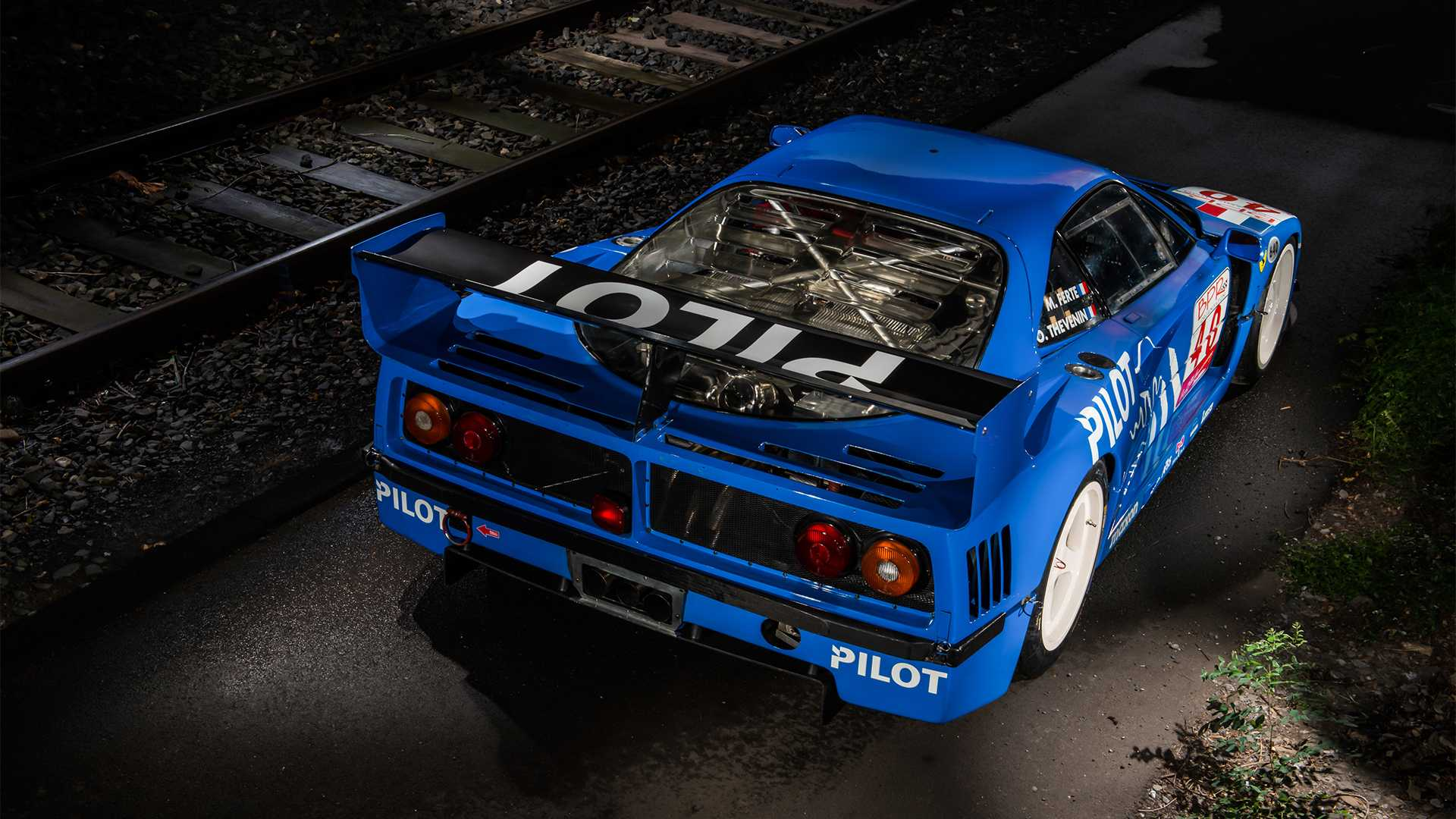 "[""1987 Ferrari F40 LM: RM Sotheby's auction in Paris""]"