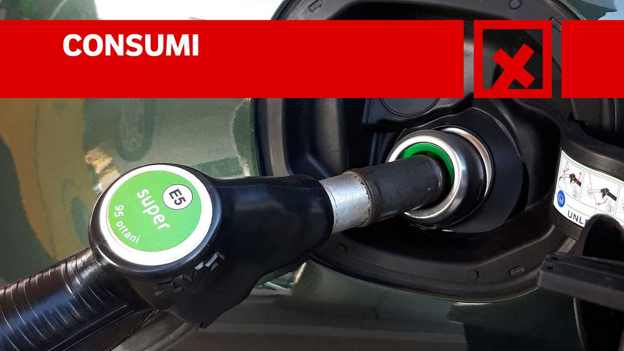 Fiat 500X Cross 1.3 T4 150cv DCT, contro CONSUMI