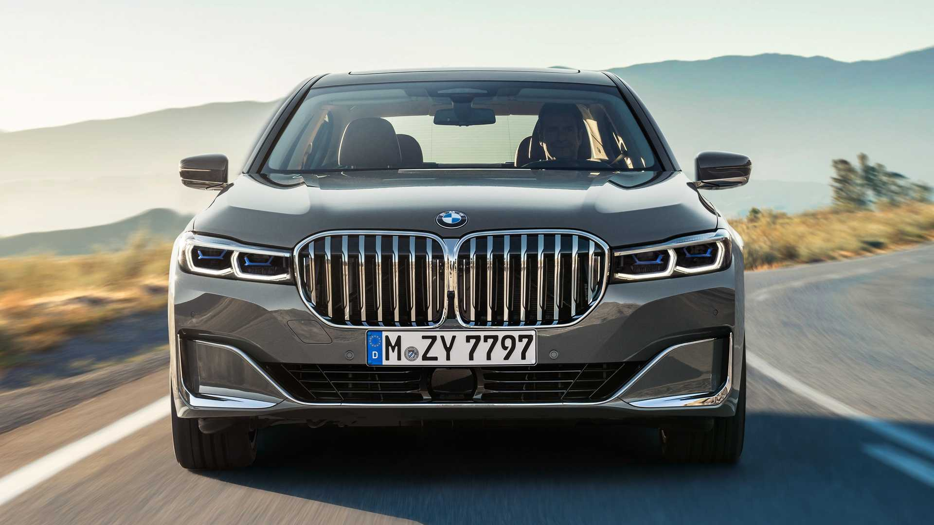 BMW M750Le Could Be The Brand's First M Performance Plug-In