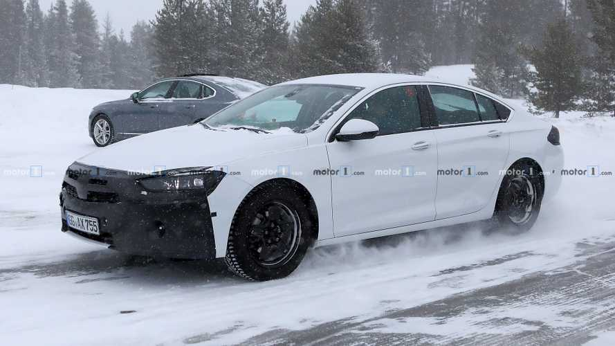 2020 Vauxhall Insignia spied winter testing with small changes