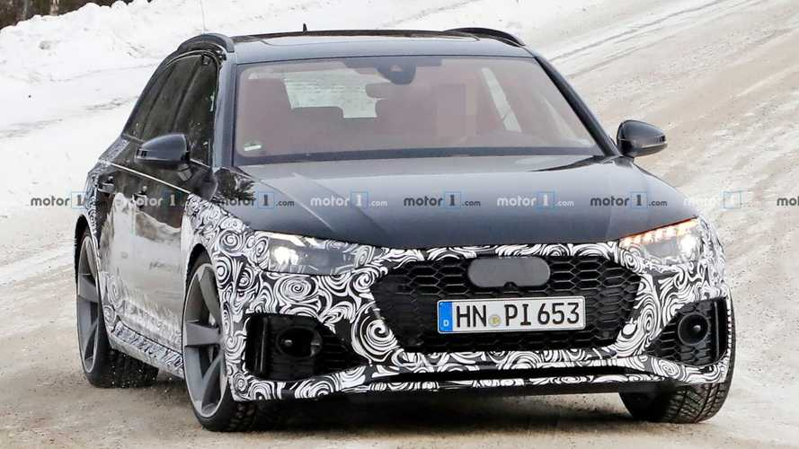 Audi RS4 Avant facelift spied for first time