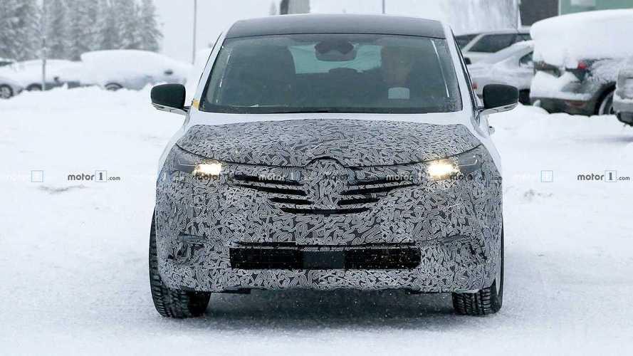 Renault Espace facelift spy photos