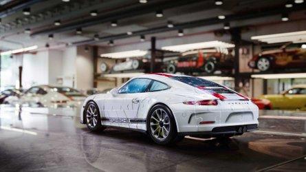 Découvrez la Porsche 911 R en puzzle 3D !