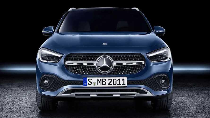 Mercedes GLA, nuova e vecchia a confronto