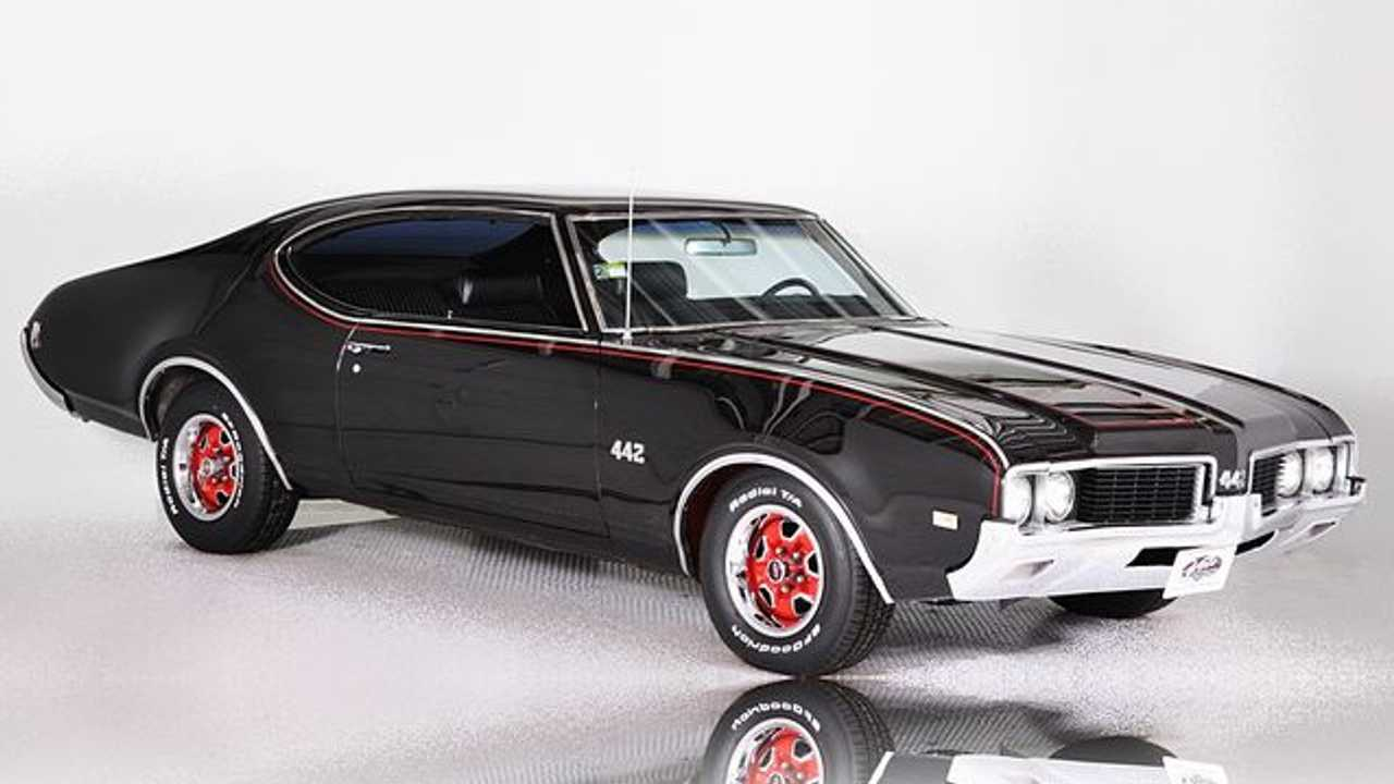 Time To Grab This 1969 Oldsmobile 442
