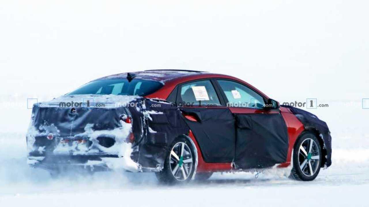 Hyundai Elantra Yeni Casus Fotoğraflar
