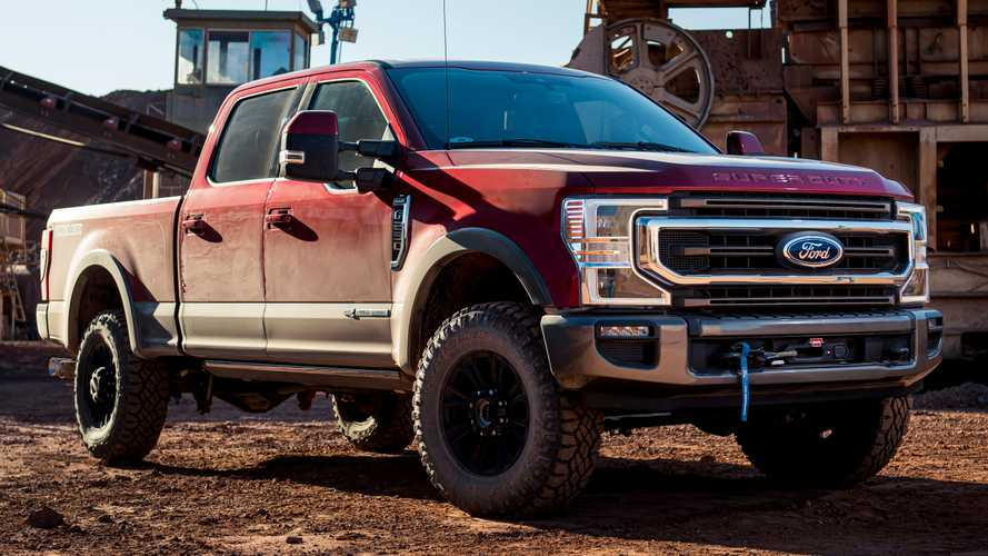Ford Super Duty Tremor Offers Integrated 12,000-Pound Winch