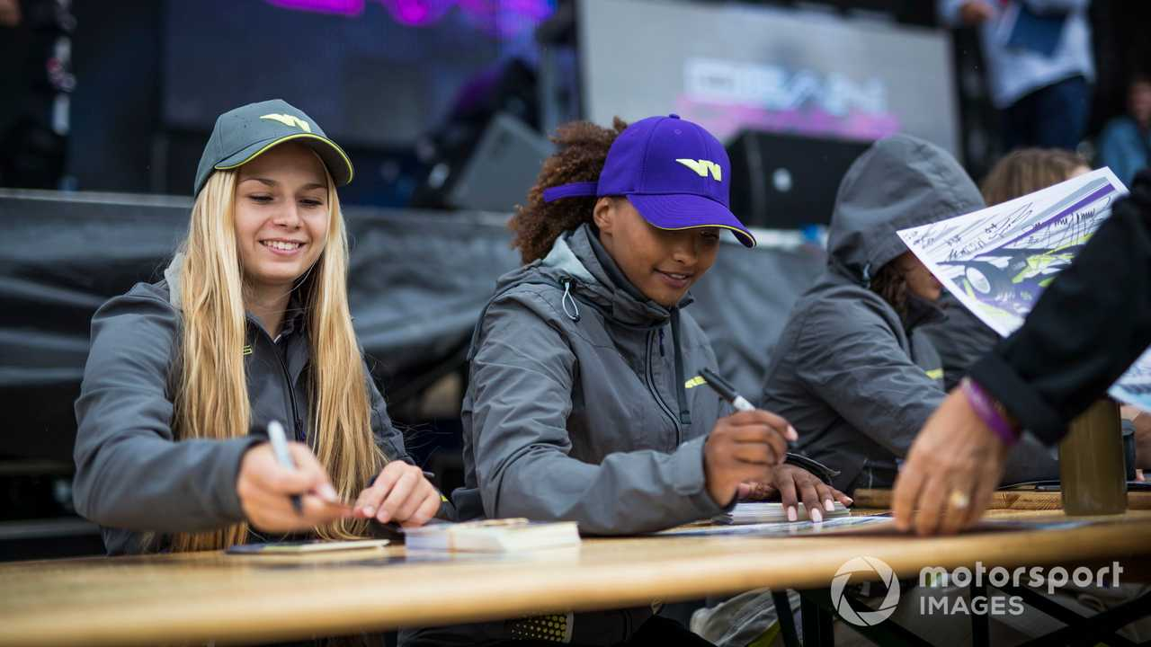 Fabienna Wohlwend and Naomi Schiff at W Series Brands Hatch UK 2019