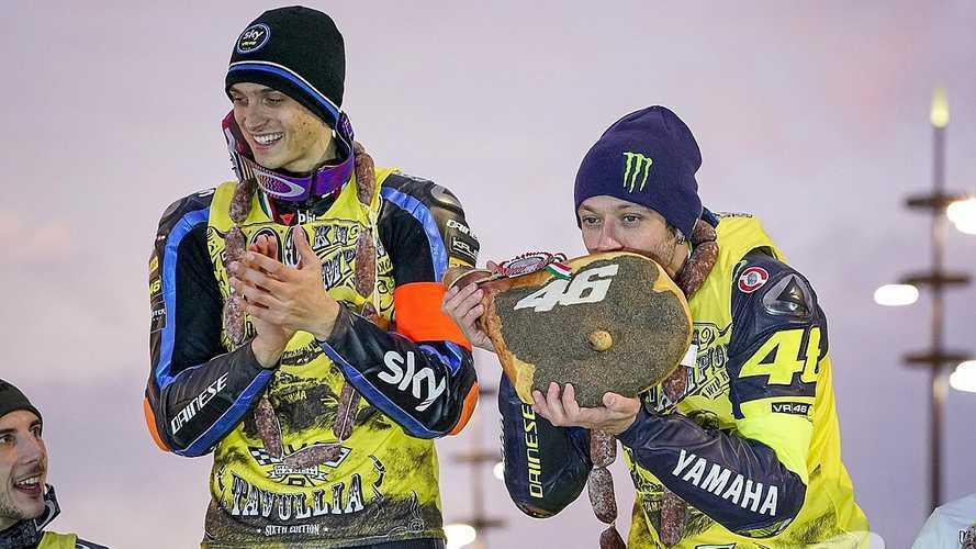 """Marini: """"Espero que Rossi siga, el Mundial será extraño sin él"""""""
