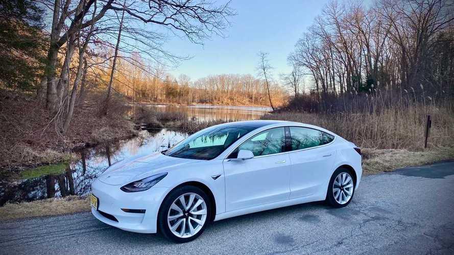 Kedvezőnek nevezhető árral startol Kínában a Tesla Model 3 Performance és Long Range