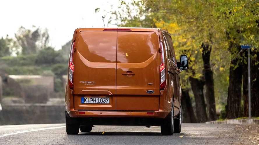Ford Transit Custom Plug-in Hybrid beim Spezialtest in Rom