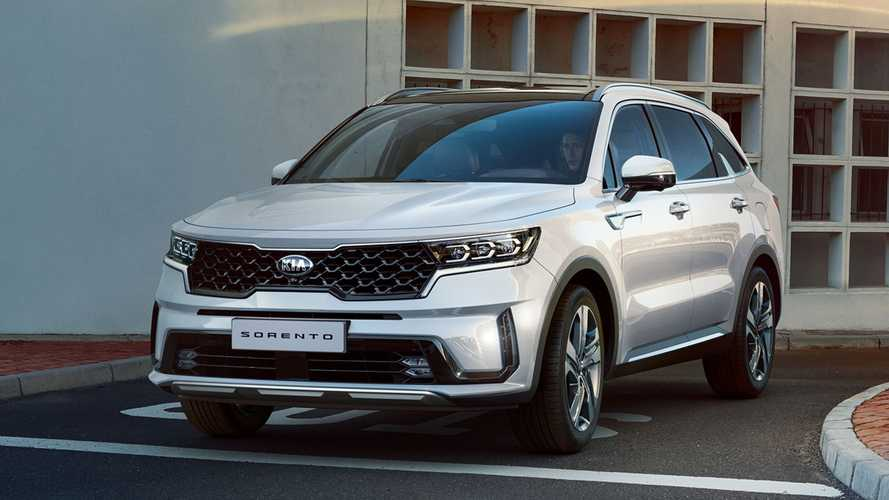 Kia reveals Sorento SUV photos: exterior and interior
