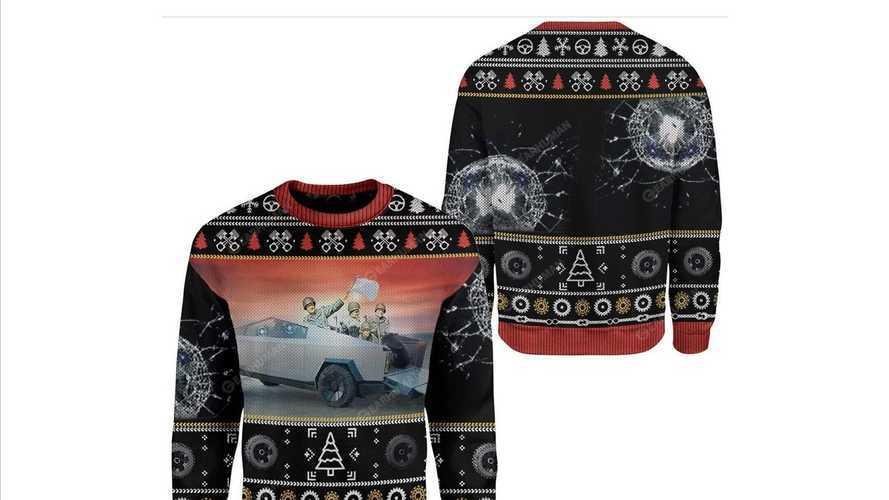 Tesla Cybertruck, anche il maglione trash natalizio è servito