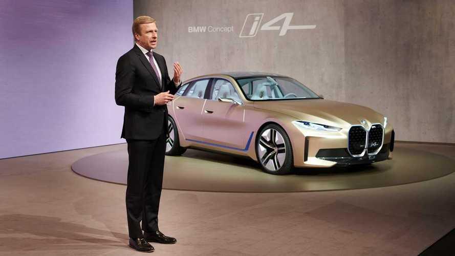 A BMW AG igazgatótanácsának elnöke, Oliver Zipse és a BMW i4 koncepció