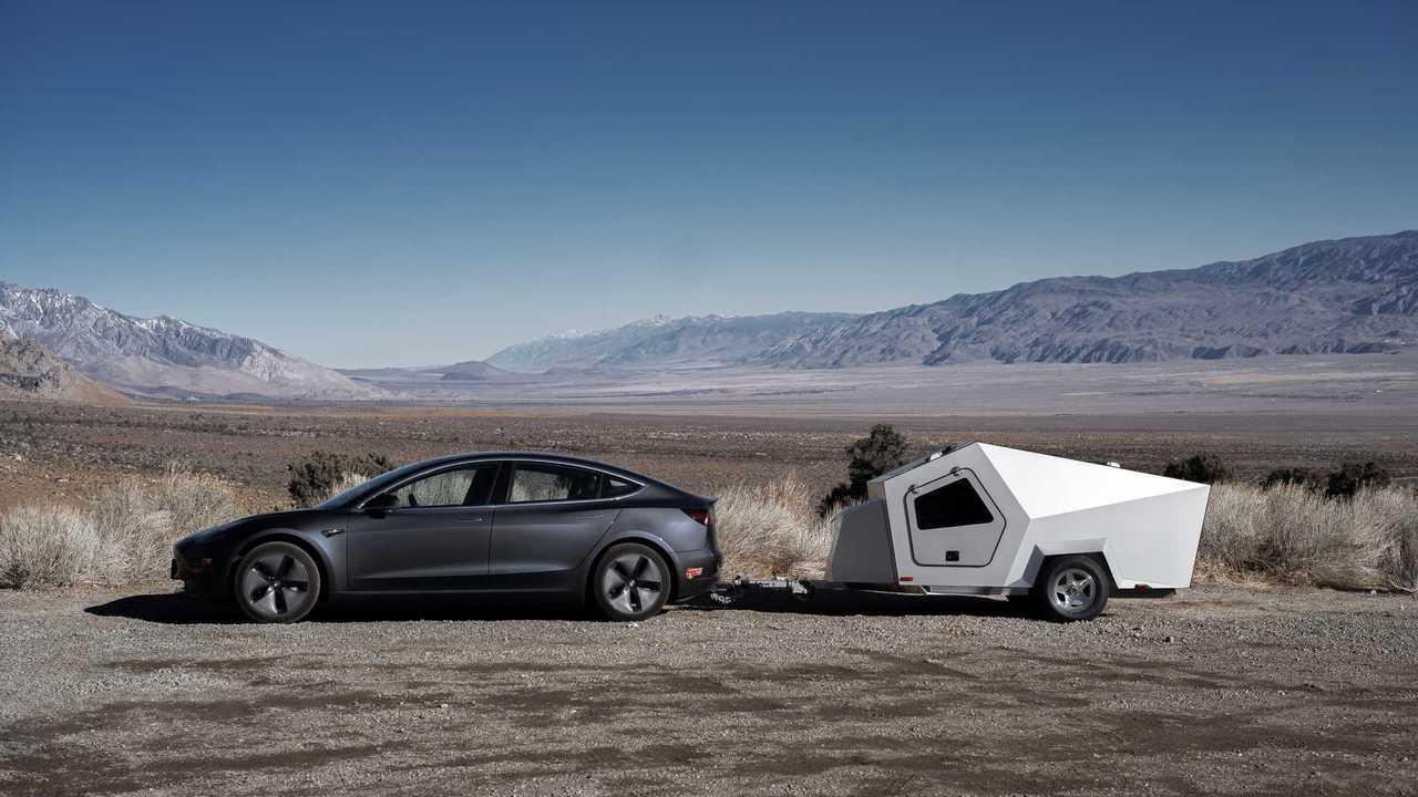 Tesla Model 3 towing Polydrops camper