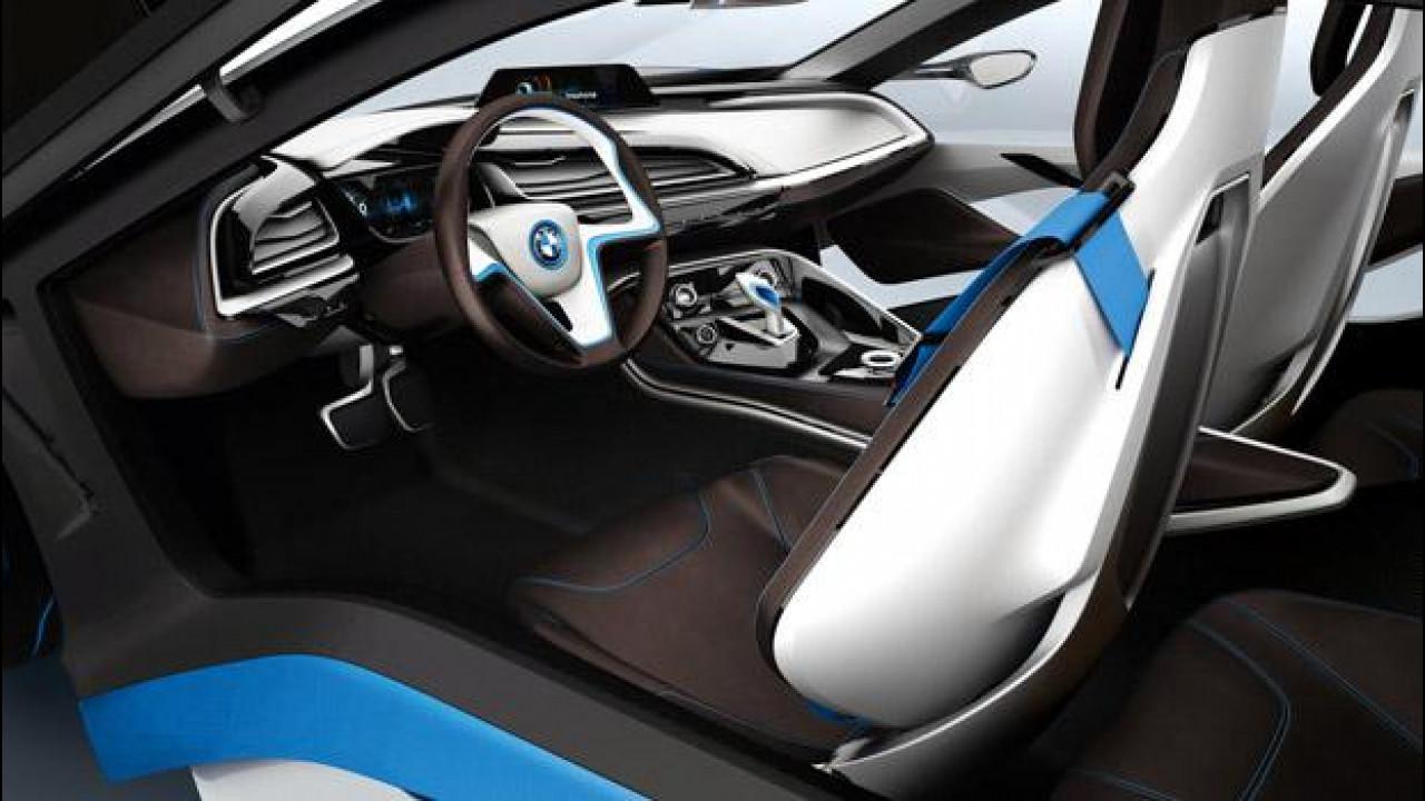 [Copertina] - La BMW i3 e la i8 avranno scomparti per i passeggeri in fibra di carbonio