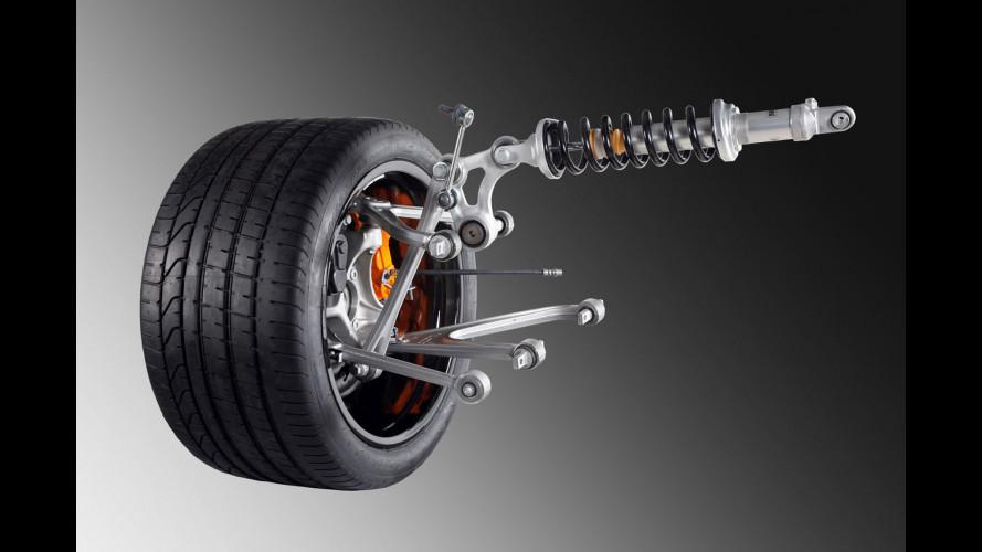 Lamborghini Aventador LP700-4: anima di carbonio