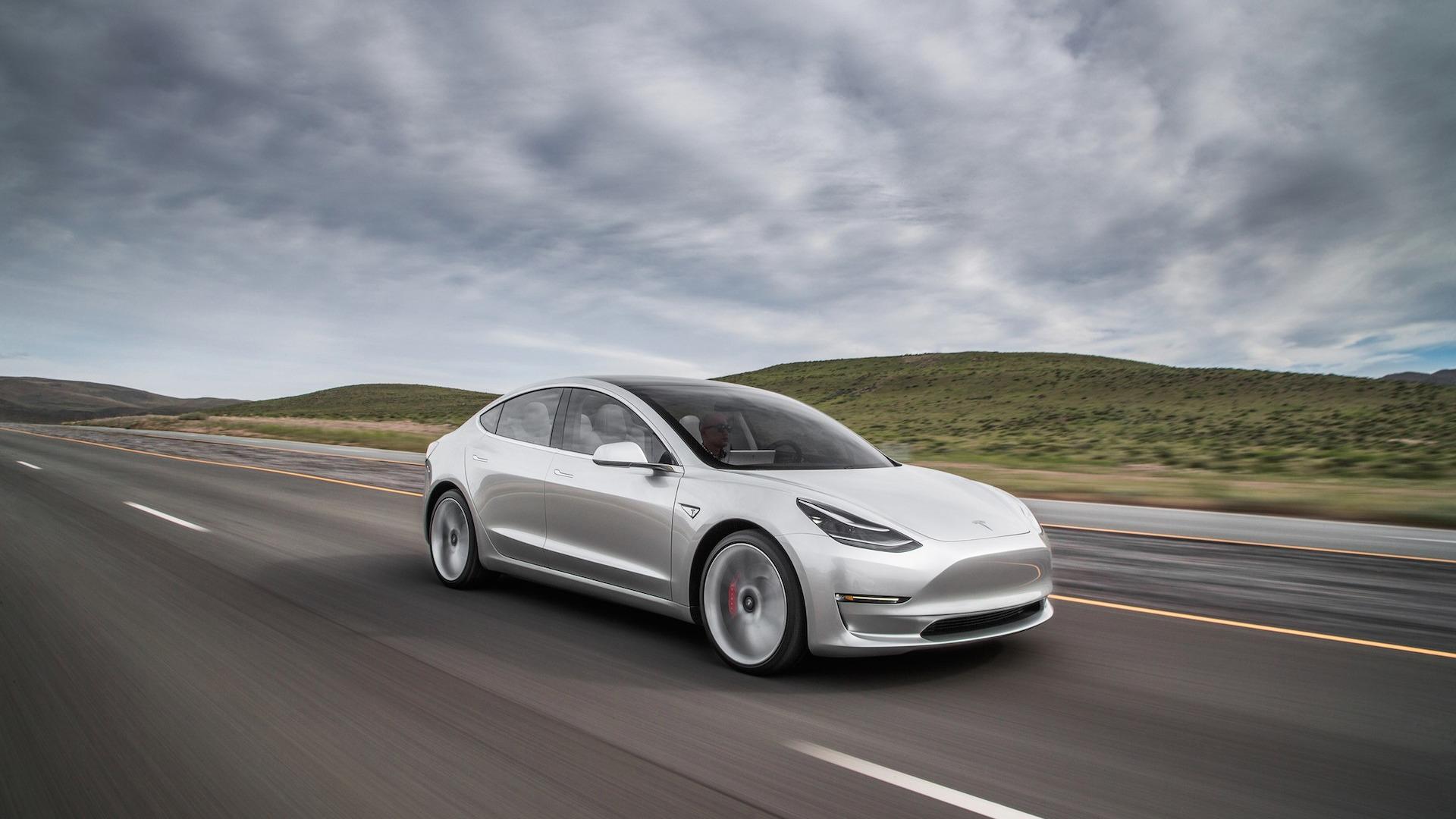 Les Tesla Model 3 chinoises seraient sur le point d'arriver en Europe