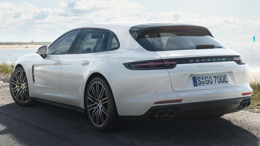 Porsche Panamera Turbo S E-Hybrid Sport Turismo, coda lunga da brividi