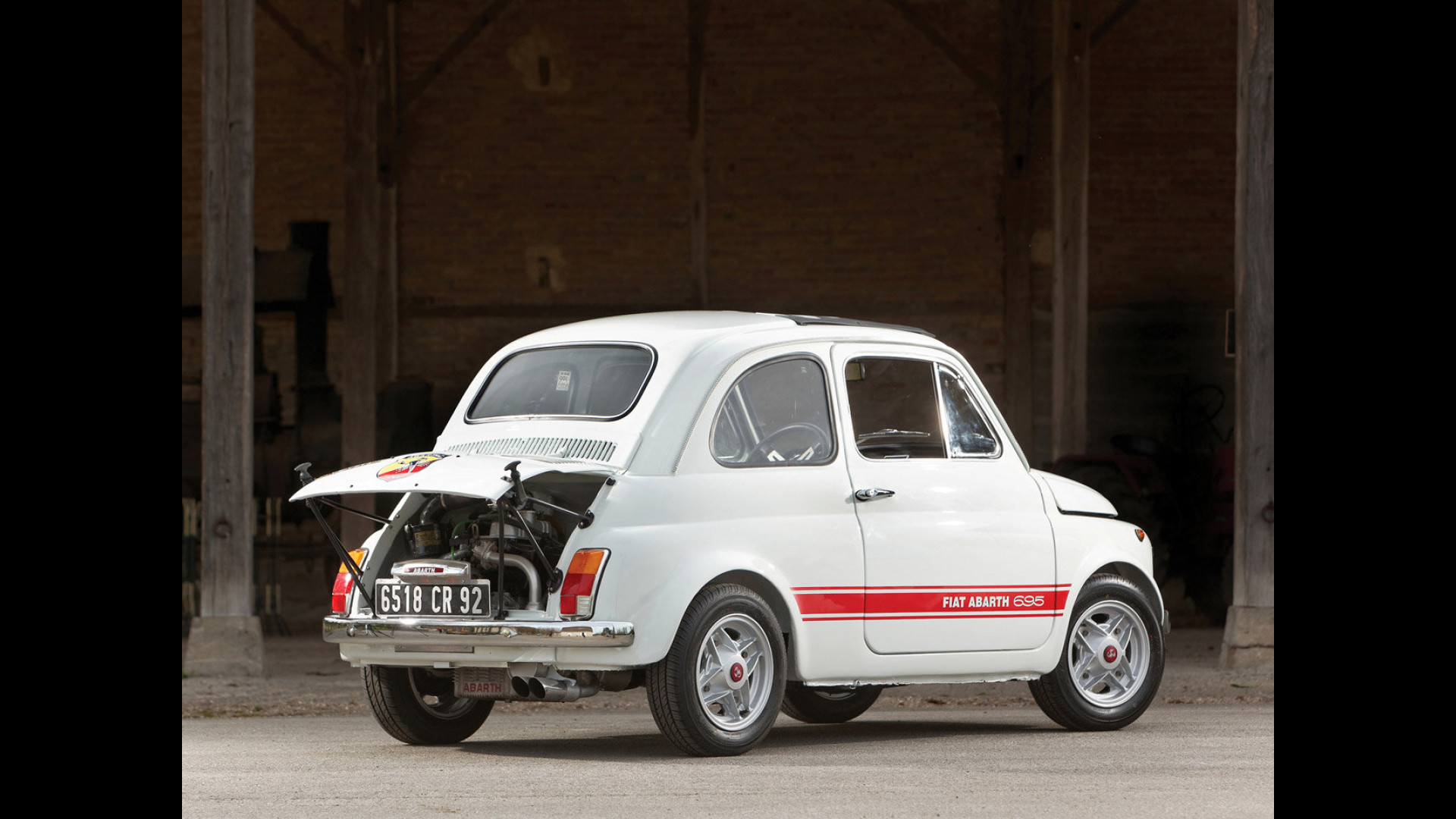 Fiat 500 Abarth Storia Di Un Piccolo Grande Mito