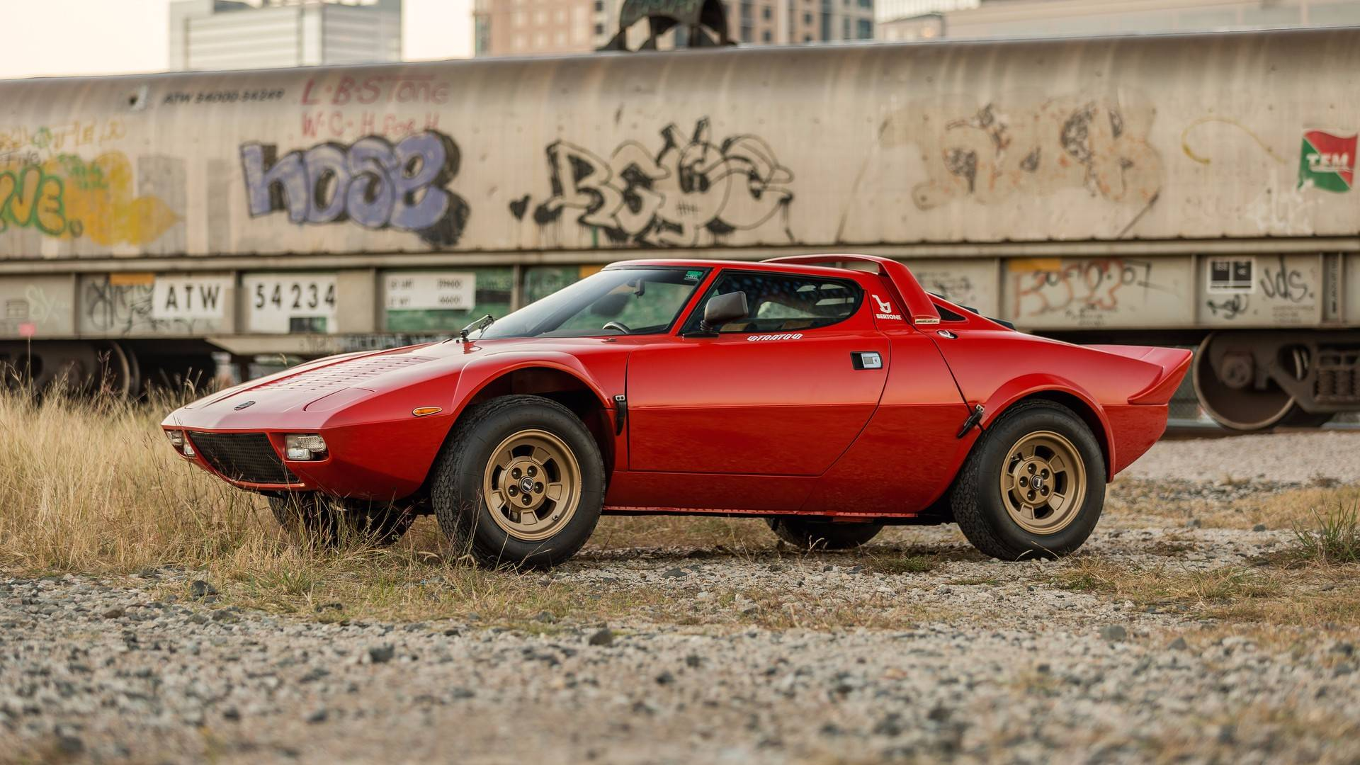 Lightly Used Lancia Stratos Sells For A Whopping 475 000