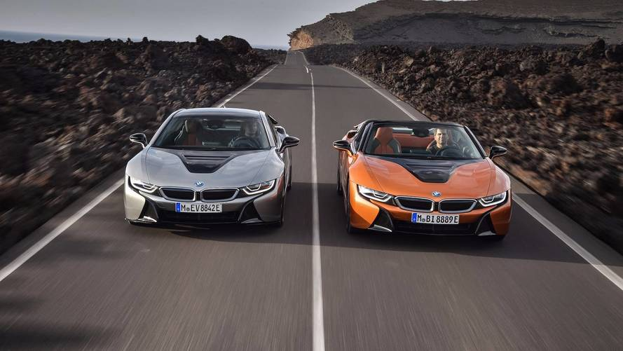 Bmw I8 Roadster Is A Chic 369 Hp Accessory For The L A Scene
