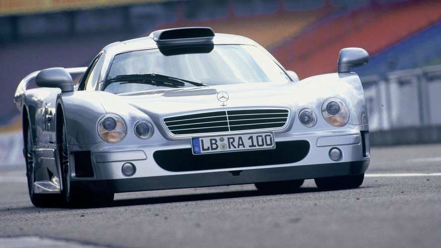 Bu sefer de Mercedes-AMG CLK GTR'ı hatırlıyoruz