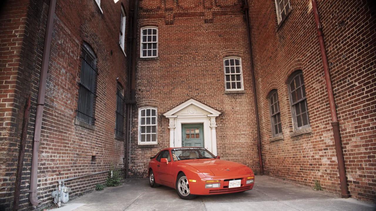Porsche 944 vs. Macan GTS
