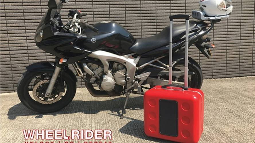 Wheelrider: A Solar Top Box That Transforms Into Wheeled Suitcase