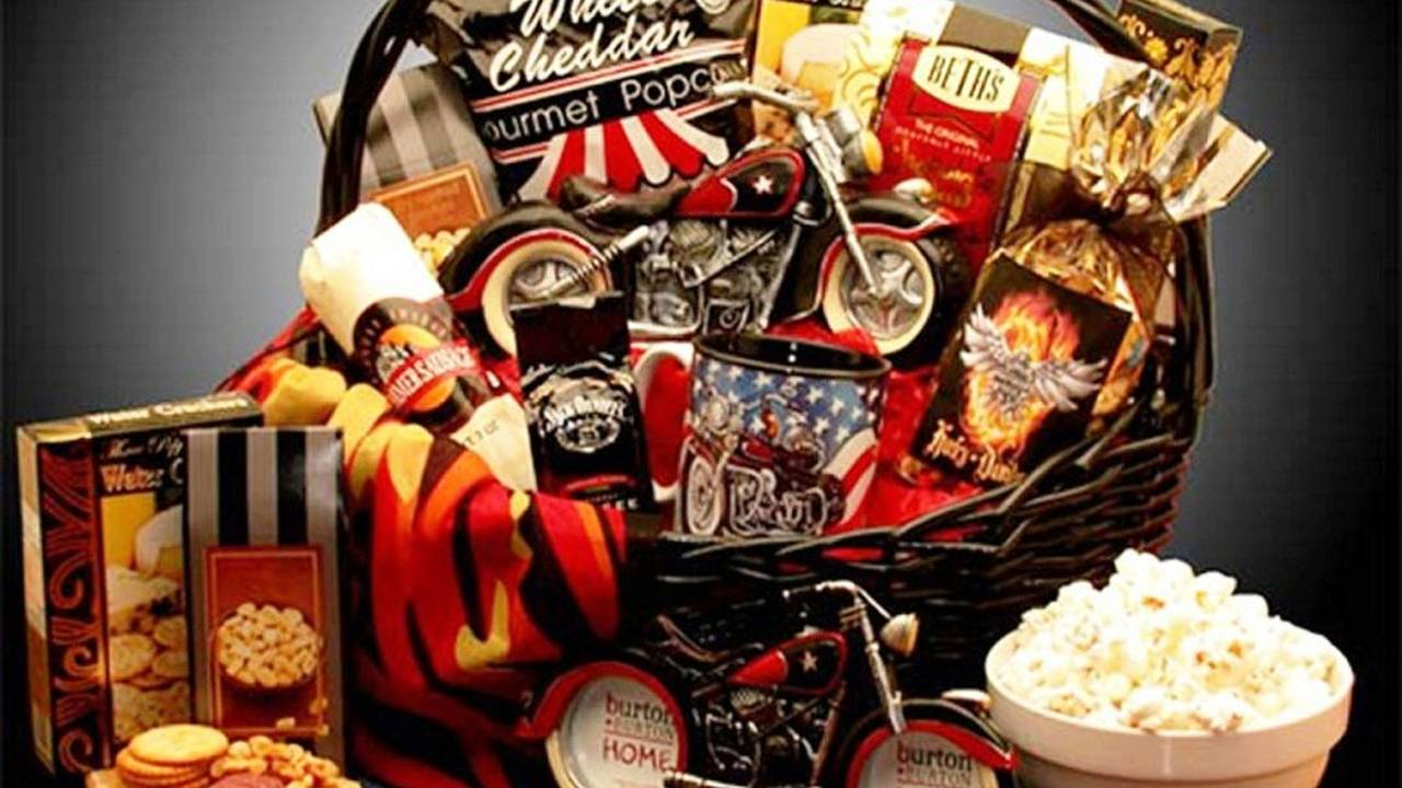 <em>Here's a Motorcycle Man Gift Basket at <a href=