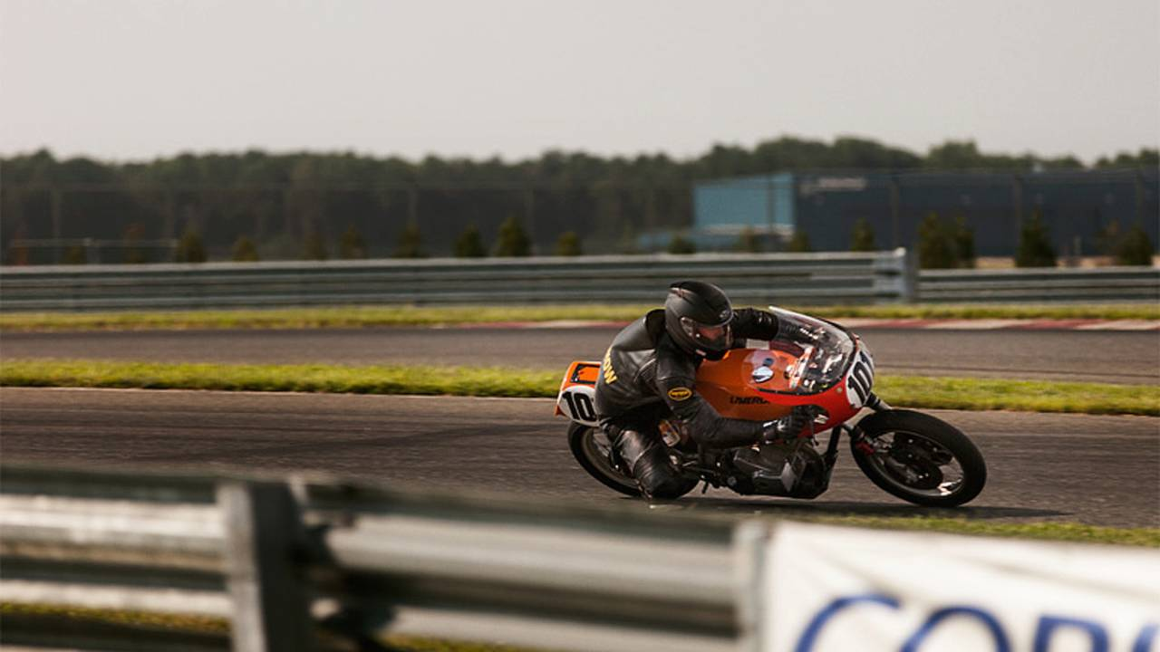 Vintage Motorcycle Racing is no a walk in the park: Rider Profile Isaac Salchow