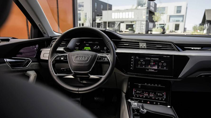Audi E-Tron 2019: SUV elétrico surpreende com cinco telas na cabine