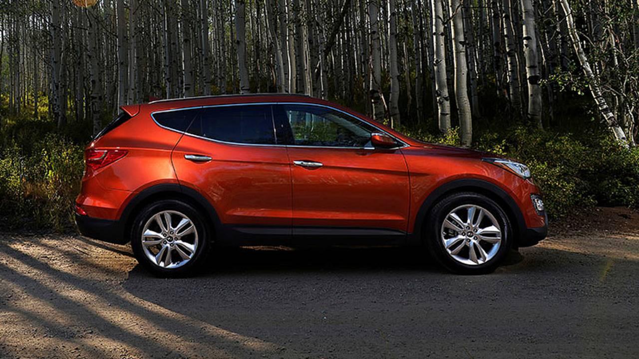 2014 Hyundai Santa Fe Sport profile