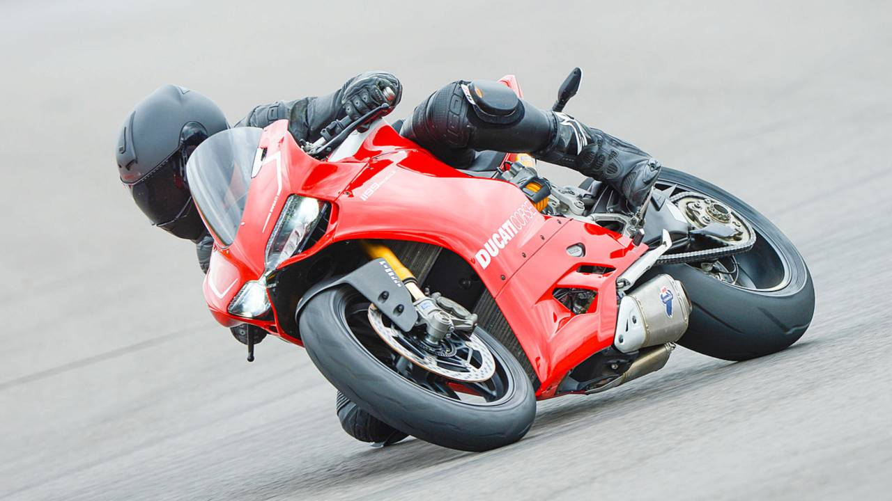 Review: 2013 Ducati 1199 Panigale R