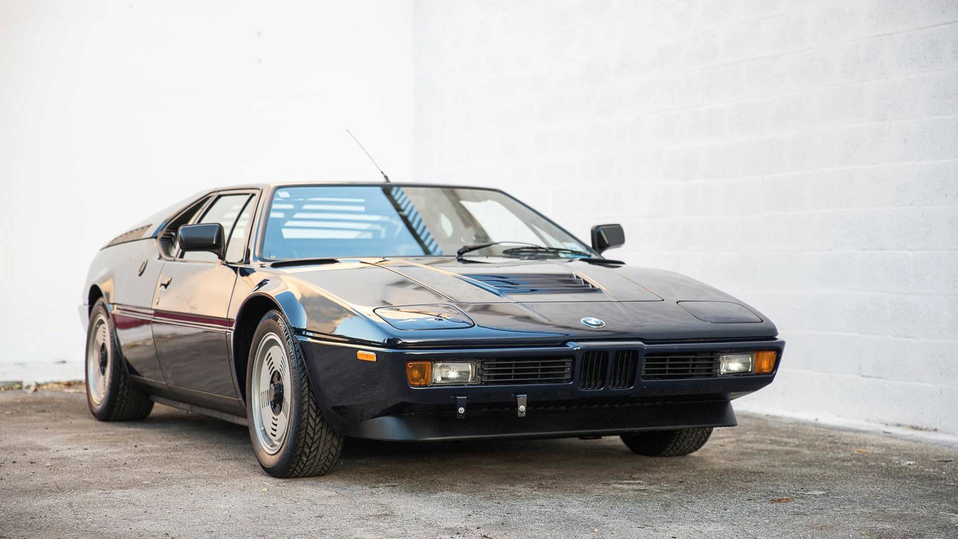 Bmw M1 For Sale >> 1981 Bmw M1 Is Dark Blue Beauty For 695 000
