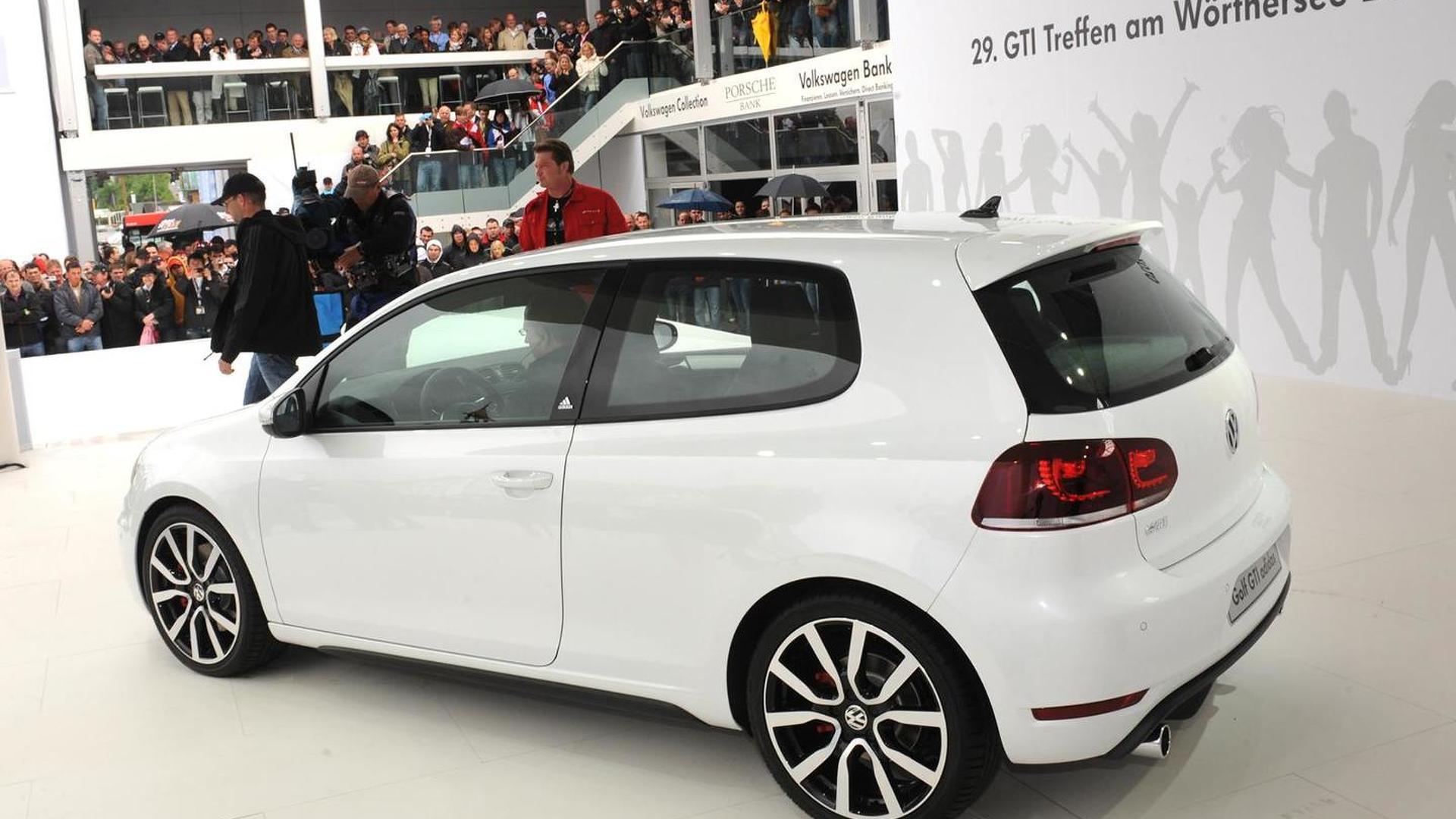 Habitat Reclamación bulto  VW Golf GTI adidas & Excessive World Debuts at Wörthersee