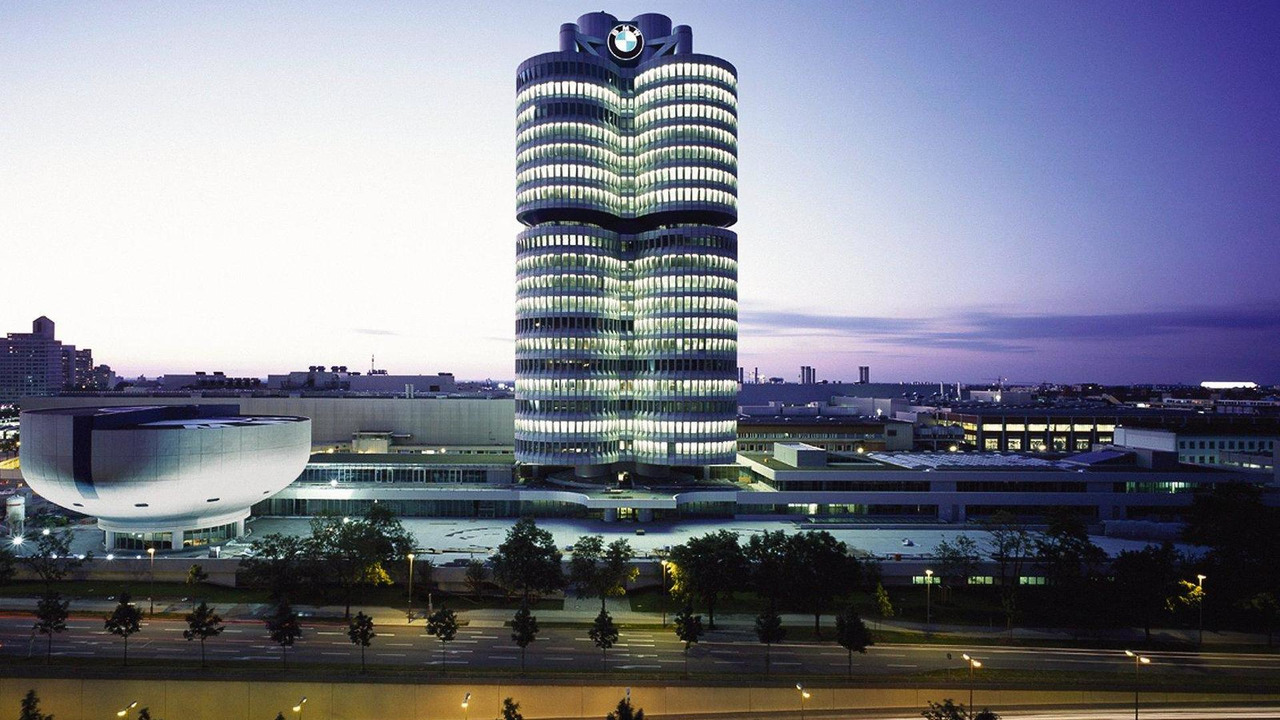 BMW Group, Corporate Headquarters, Munich, Germany (08/2006), 1600
