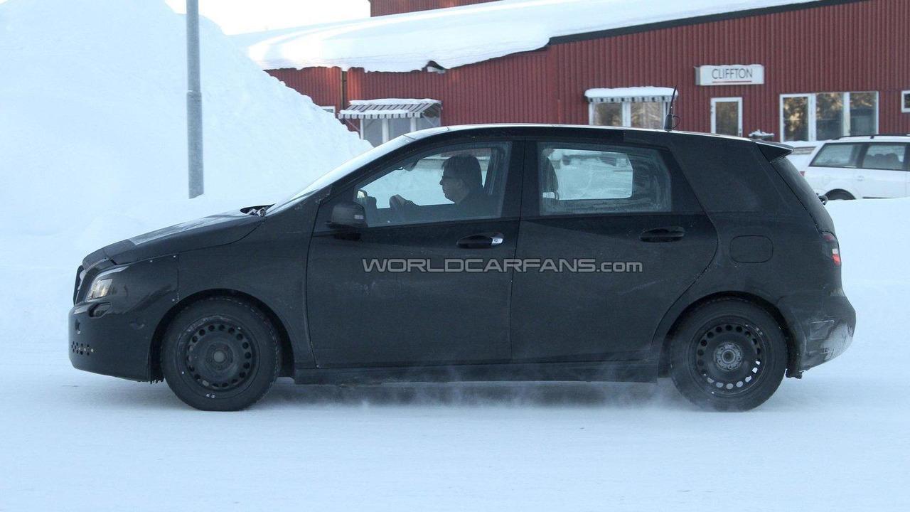 2012 Mercedes-Benz B-Class winter test 10.02.2011