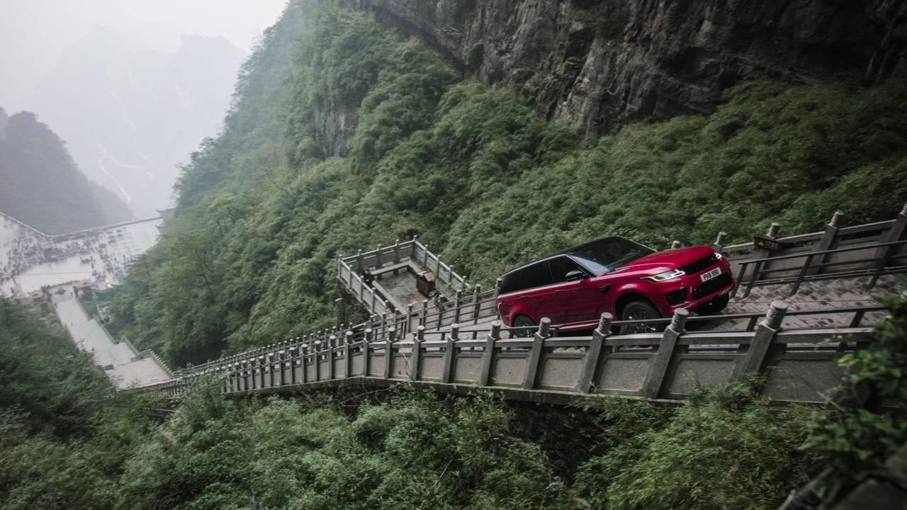 Range Rover Sport PHEV - Heaven's Gate Project
