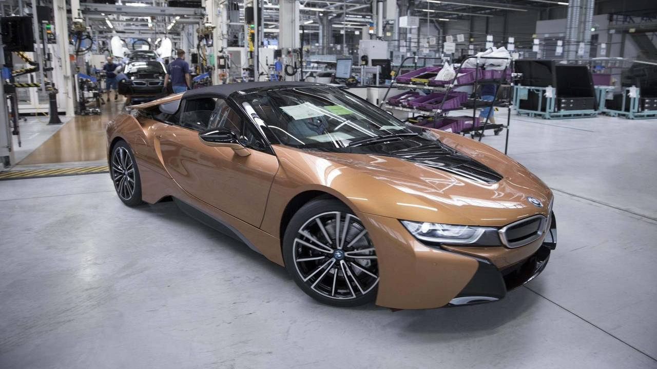 BMW i8 Roadster Production
