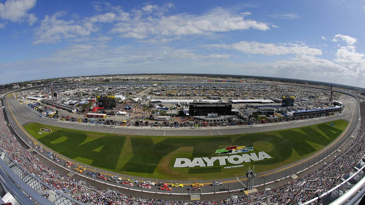 How big is Daytona International Speedway?