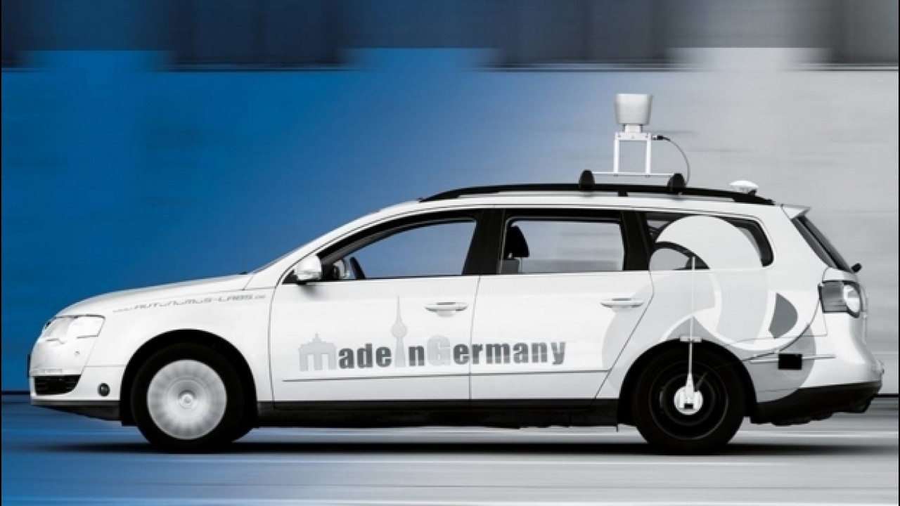 [Copertina] - TomTom, investe ancora nella guida autonoma