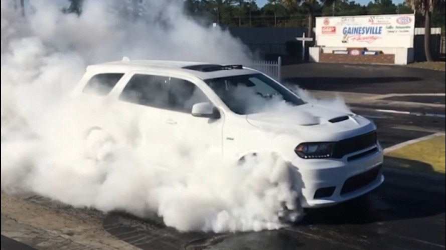 Dodge Durango SRT, un burnout infinito [VIDEO]