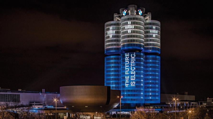BMW, festeggia 100.000 auto elettriche nel 2017