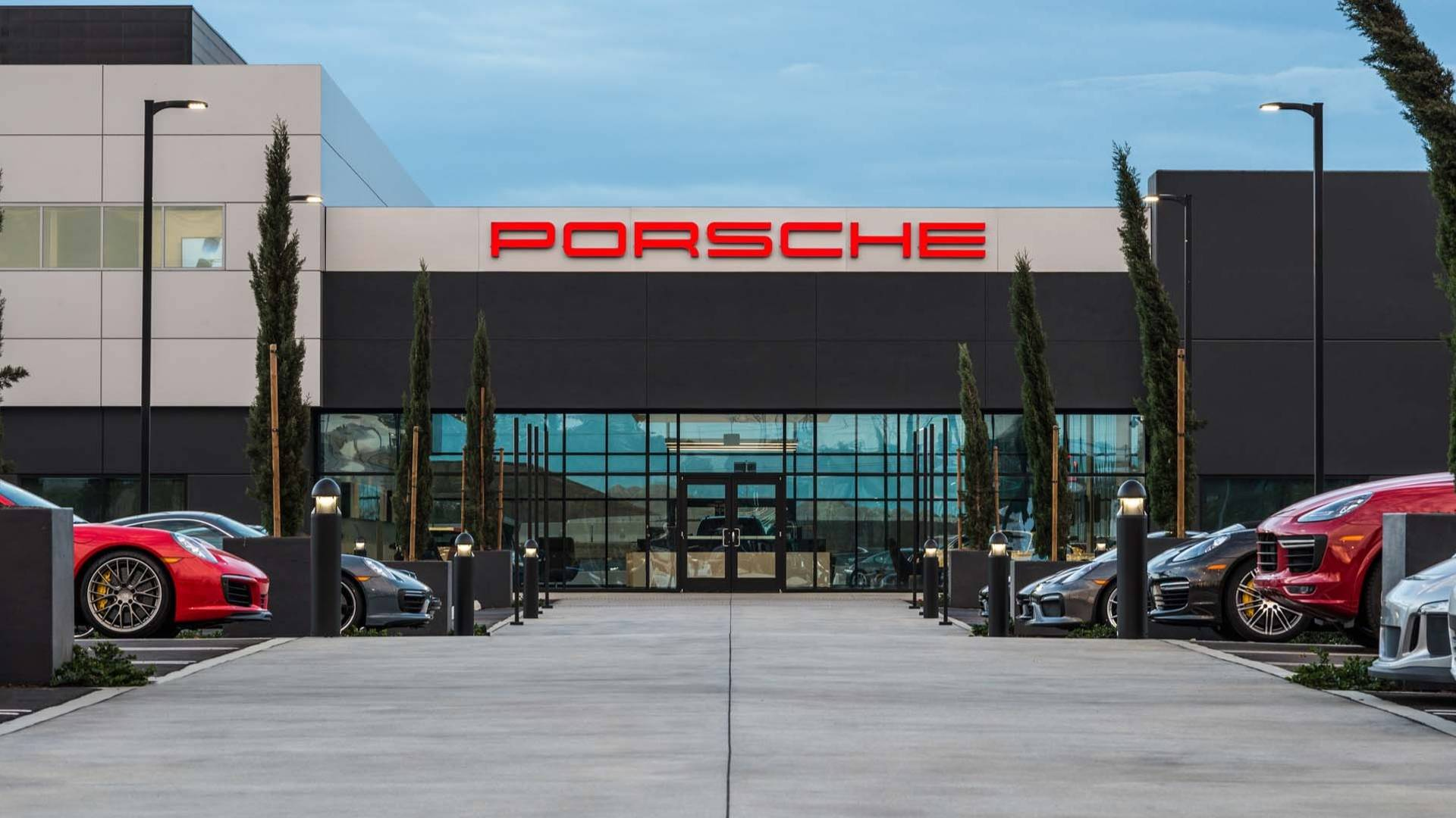 Pick Up Your New Porsche From The Los Angeles Experience Center