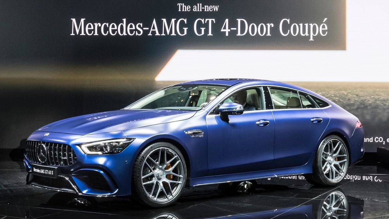 Mercedes-AMG GT 4 Portas Coupé - Ao vivo