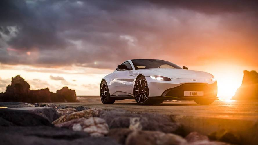 2019 Aston Martin Vantage ilk sürüş