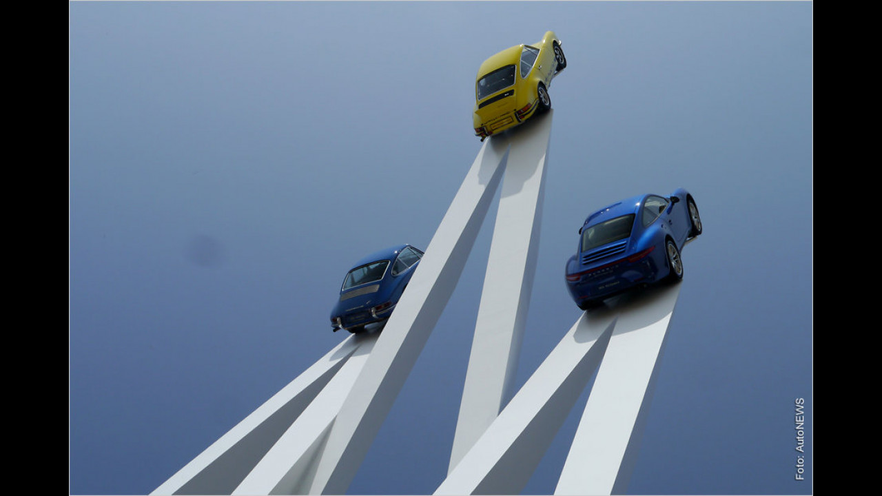 Porsche-911-Skulptur