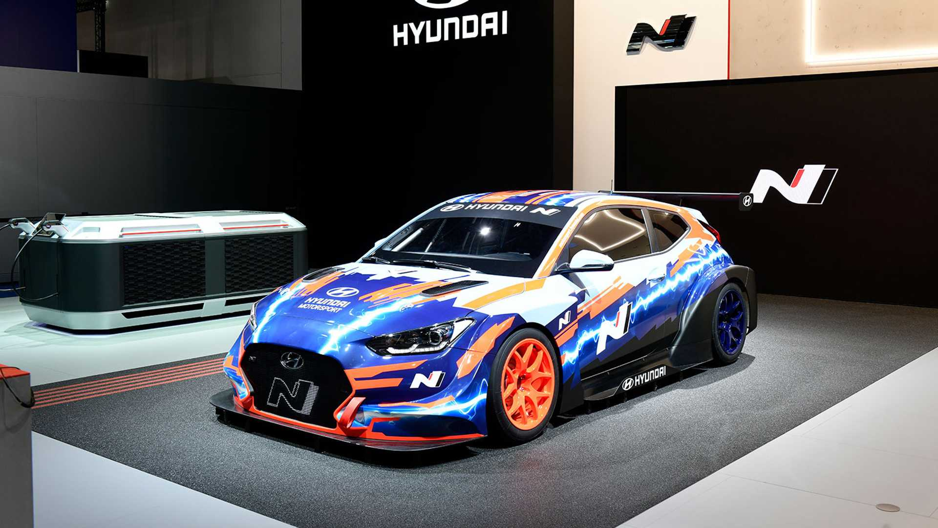 Quick Look At The Hyundai Veloster N ETCR At 2019 IAA: Video